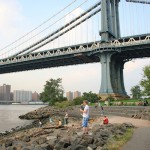 Park unter der Manhattan Bridge